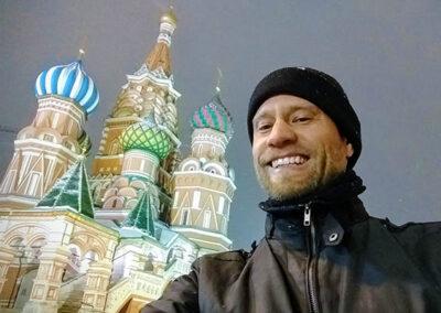fotograaf Gijs van Ouwerkerk op het Rode Plein in Moskou